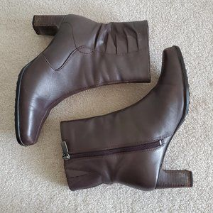 Naturalizer Brown Leather Ankle Boots Size 7.5M